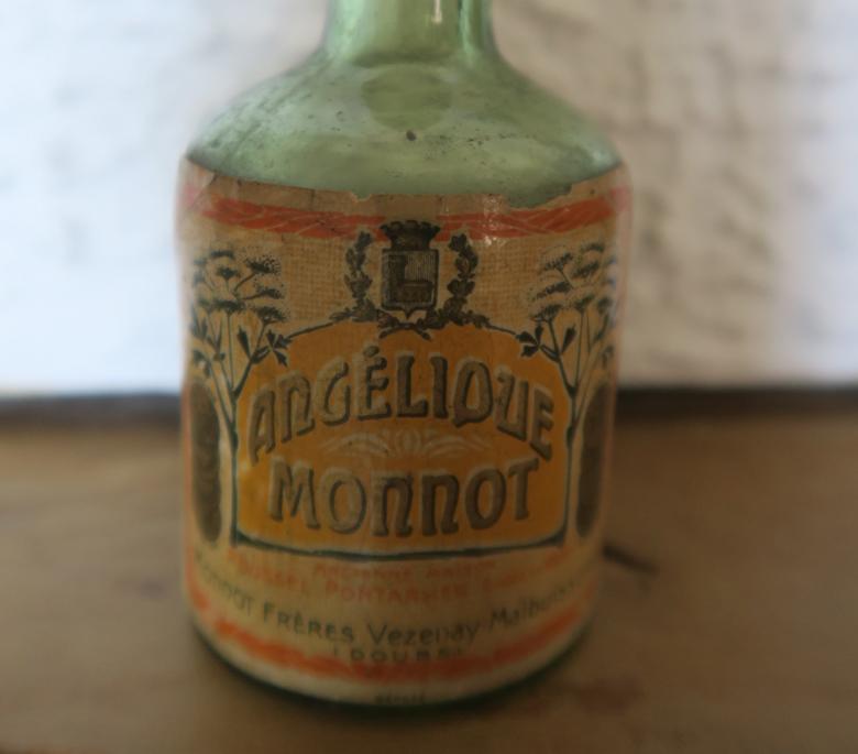 Mignonette Angélique Monnot